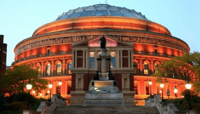 Kids, Royal Albert Hall:  mostbeautifulplacesintheworld.com