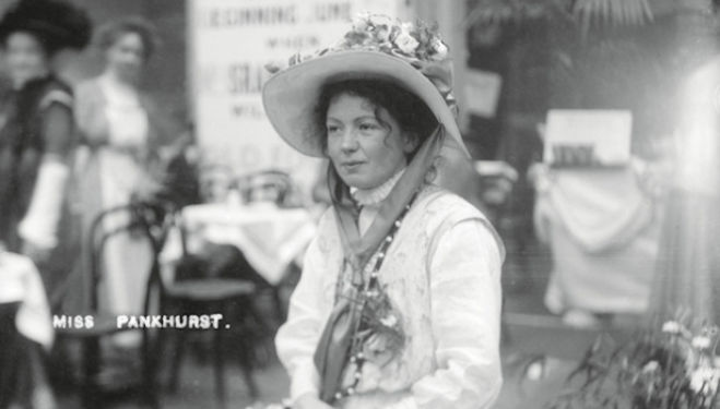 Christina Broom photographer Christabel Pankhurst at the International Suffragette Fair, Chelsea 1912 Photo © Museum of London