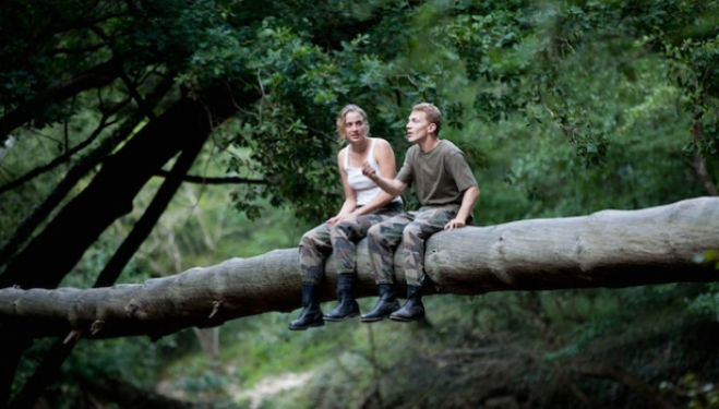 Still from Les Combattants