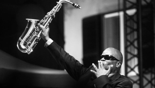 Maceo Parker, Under The Bridge