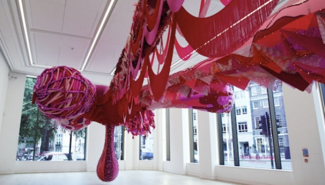 Joana Vasconcelos artist, Material Girl, 2015 Image courtesy of Phillips / Phillips.com