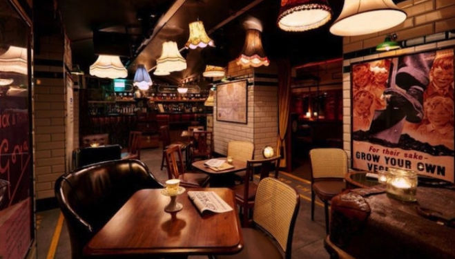 Unusual bars in London: Cahoots, Kingly Court