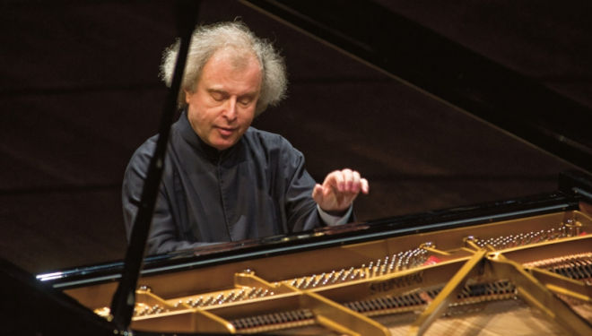 Sir Andras Schiff and the OAE, Royal Festival Hall