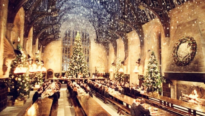 The Magical Hogwarts Great Hall at Christmas