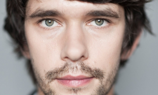 Returning to the Almeida: Ben Whishaw, Against play 2017
