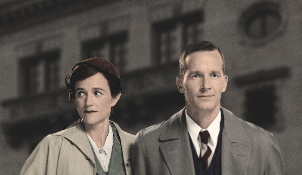 Jim Sturgeon & Isabel Pollen as Alec & Laura, stars of Brief Encounter. Credit: Simon Turtle