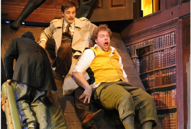 The Play That Goes Wrong, Duchess Theatre review [STAR:4]