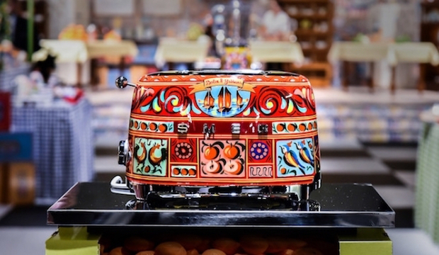 Wake up to Dolce Vita designer toast: Dolce & Gabbana toaster