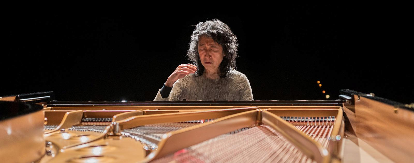 Mitsuko Uchida and the London Philharmonic