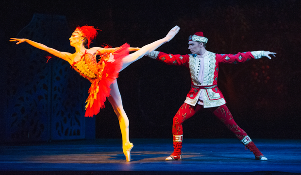 The Royal Ballet. The Firebird, Itziar Mendizabal & Bennet Gartside (c) ROH 2012 Tristram Kenton