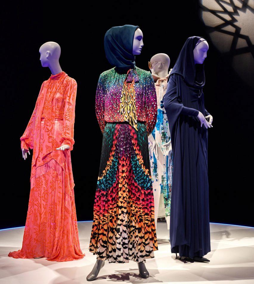 Contemporary Muslim Fashions, Museum Angewandte Kunst, Germany