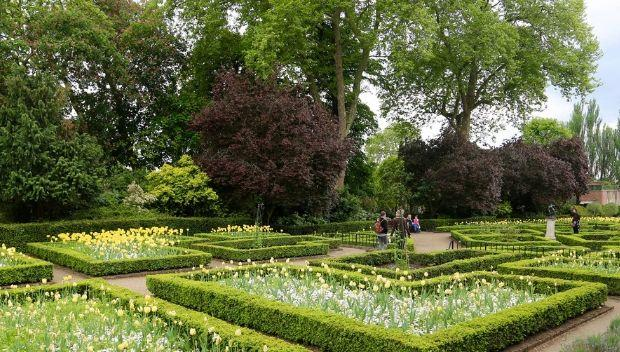 Dutch Garden, Holland Park