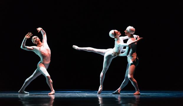 The Royal Ballet, Monotones II (c) ROH 2015 Bill Cooper