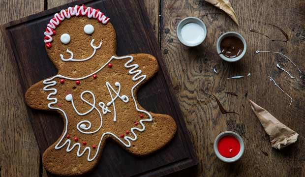Decorate some gingerbread treats at York & Albany
