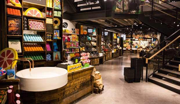 LUSH Oxford Street is inviting Londoners to come in and wash their hands
