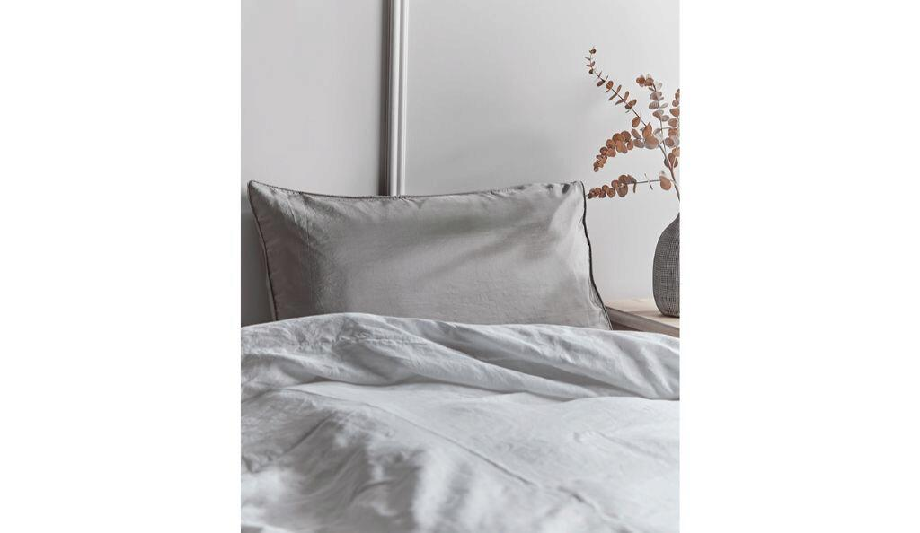 Cox and Cox: Silk Pillow Case
