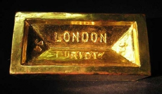 From London Art Fair: 108 Fine Art, Gold Bullion Brick, Riot Couture 2008, £500