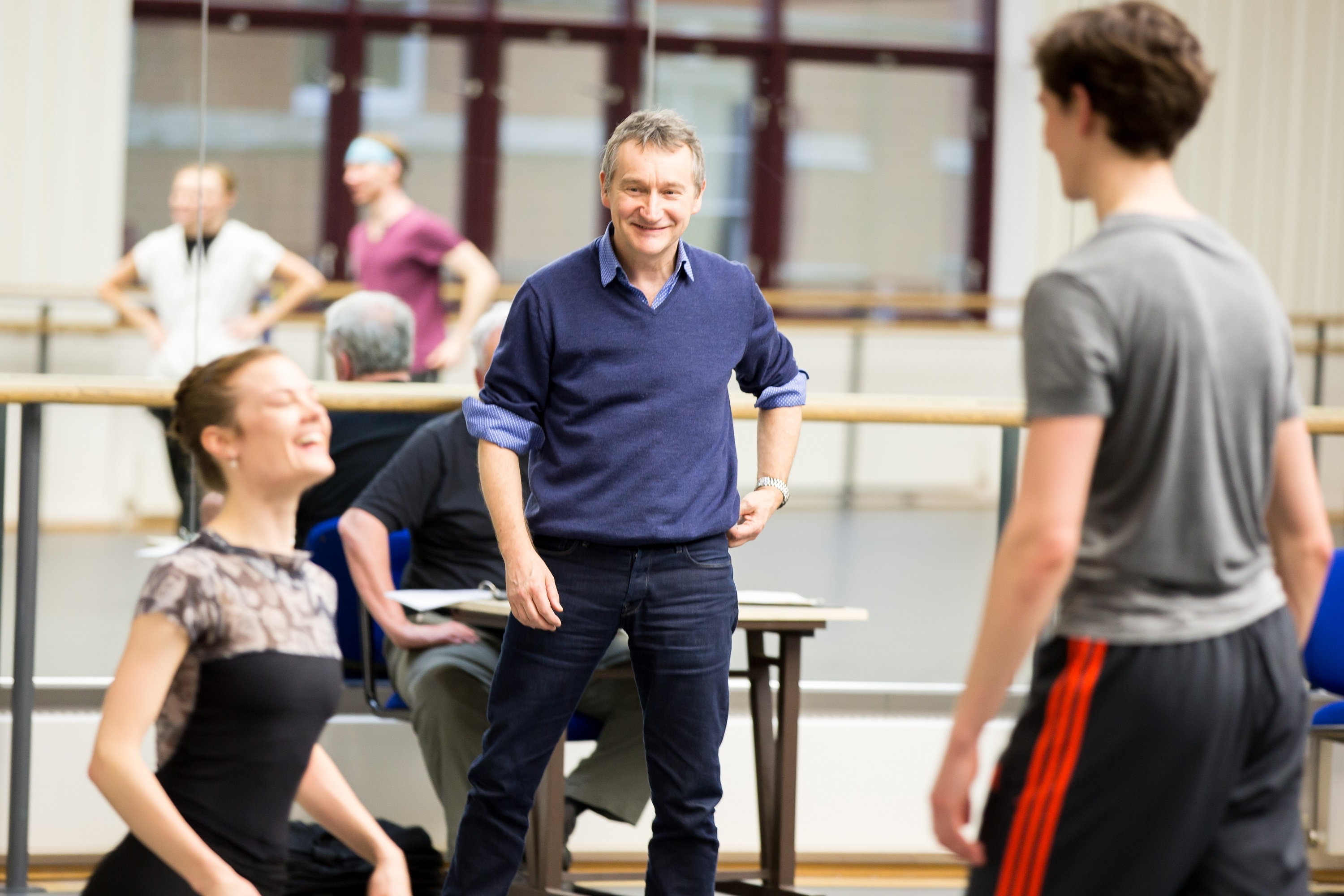 David Bintley in rehearsal with artists of BRB