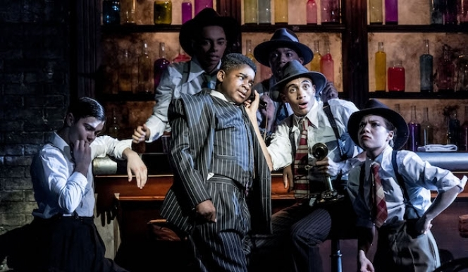 Ensemble and James Okulaja as Fat Sam, Bugsy Malone - photo by Manuel Harlan