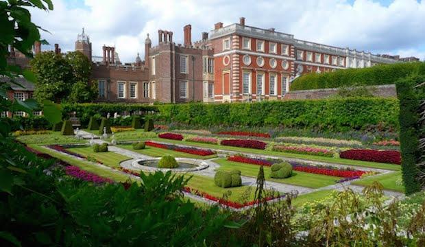 Best gardens to visit near london culture whisper hampton court sisterspd