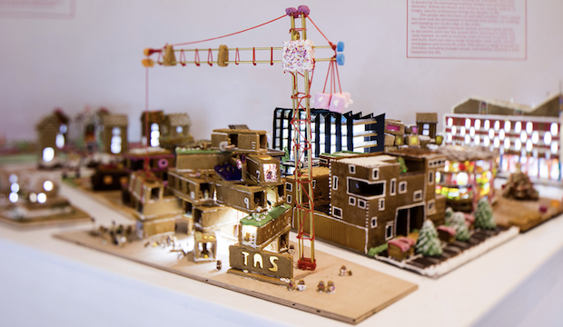 Winter activities for families: Gingerbread City
