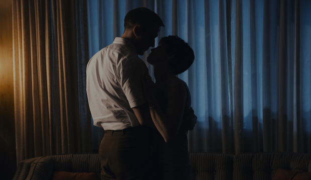 Ryan Gosling and Claire Foy in First Man