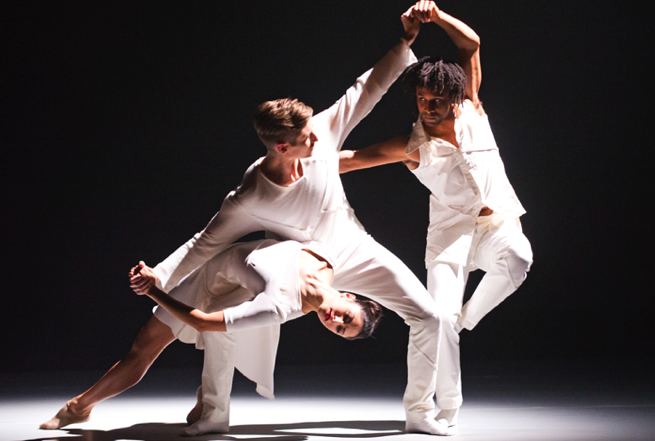 Rambert The 3 Dancers Brenda Lee Grech, Daniel Davidson, Miguel Altunaga photo Tristam Kenton