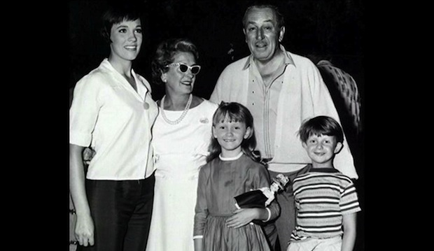 Behind the scenes of Mary Poppins: Julie Andrews, Lillian Disney, Walt Disney, Karen Dotrice and Matthew Garber